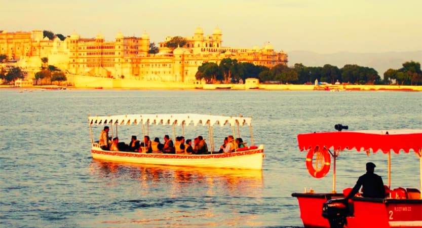 lake pichola, best places to visit in Udaipur