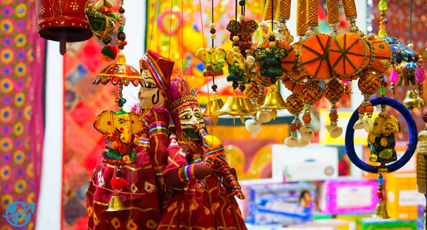 Read more about the article 10 Most Famous Shopping Places in Udaipur | Udaipur Travel Guide