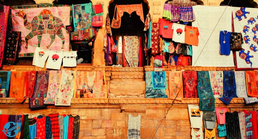 Read more about the article Things to shopping and shopping places in Jaisalmer
